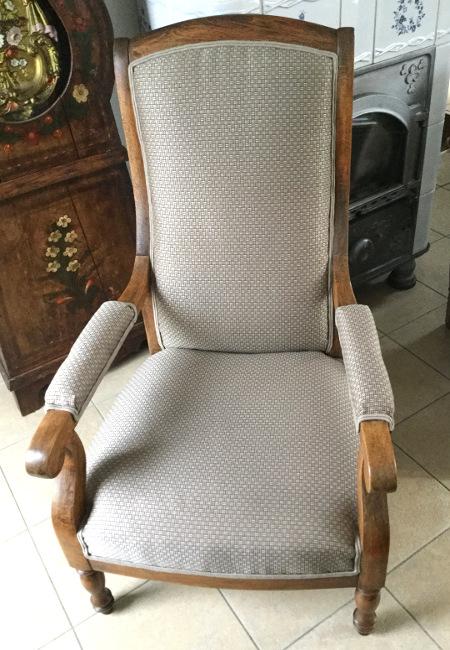Comment tapisser un fauteuil missglamazone 28 images tapisser un fauteuil crapaud table de - Comment recouvrir un fauteuil crapaud ...