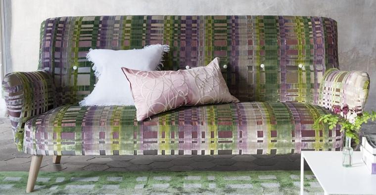 Colonnade tissu ameublement velours fauteuil Designers Guild vendu ...