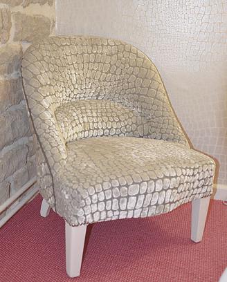 les tissus d ameublement pour tapisser les fauteulis crapauds vendus par la rime des matires