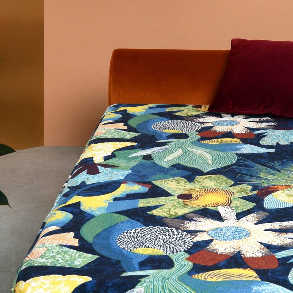 tropical tissu ameublement imprim leli vre pour rideaux fauteuil chaise et canap vendu par. Black Bedroom Furniture Sets. Home Design Ideas