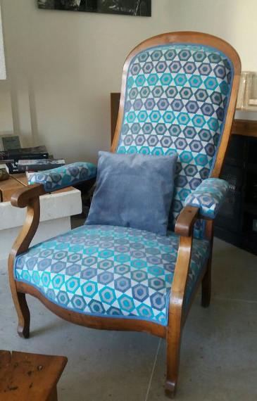 renover un fauteuil voltaire fauteuil voltaire relooke f with renover un fauteuil voltaire. Black Bedroom Furniture Sets. Home Design Ideas