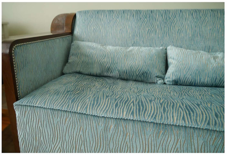 les tissus d 39 ameublement pour tapisser les canap s vendus. Black Bedroom Furniture Sets. Home Design Ideas